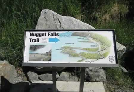 The Nugget Falls Trail at the Mendenhall Glacier