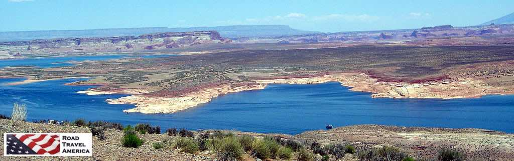 The expanse of beautiful Lake Powell